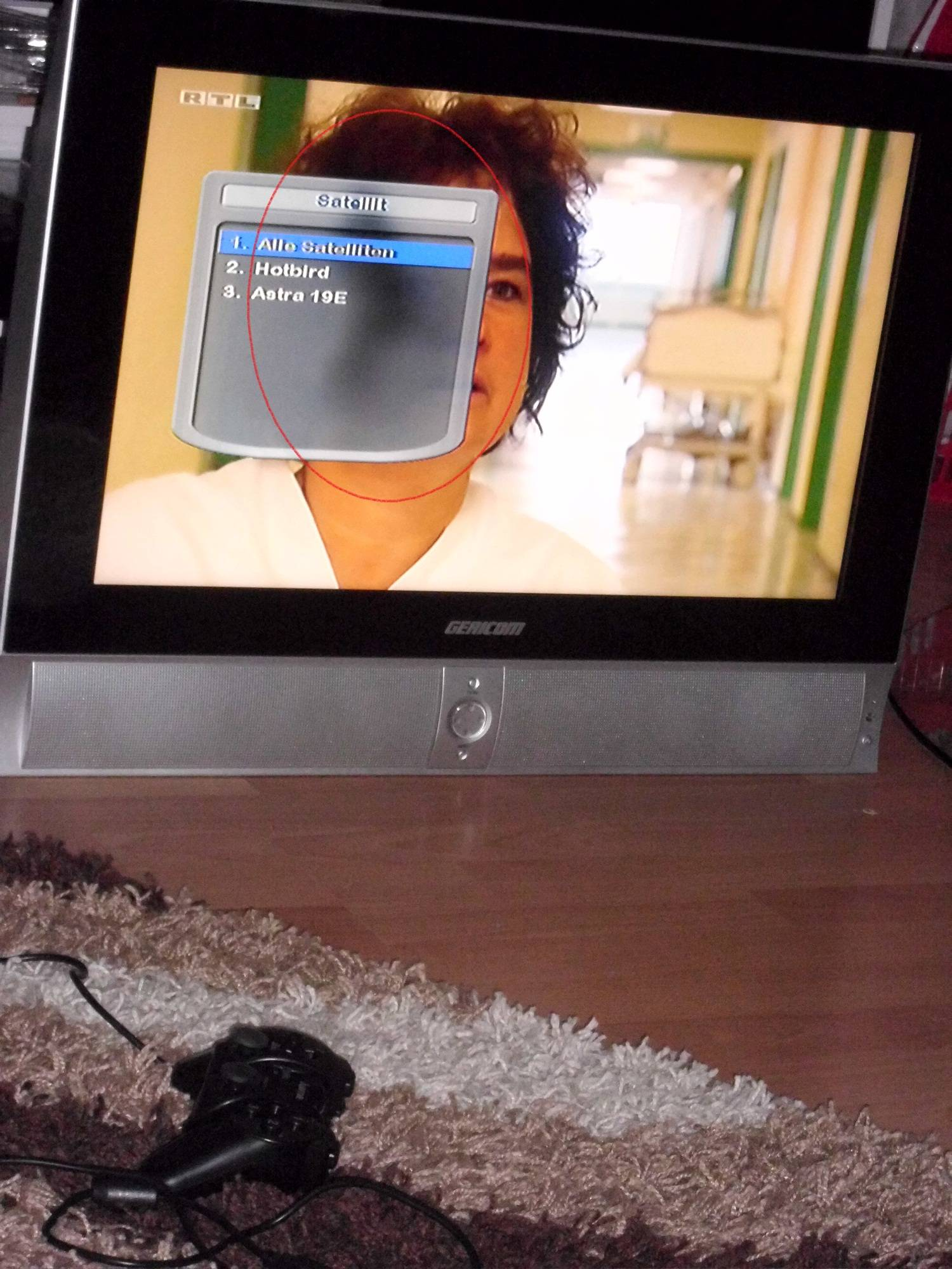 lcd tv gericom gtv 2610 schwarzer fleck auf bildschirm. Black Bedroom Furniture Sets. Home Design Ideas